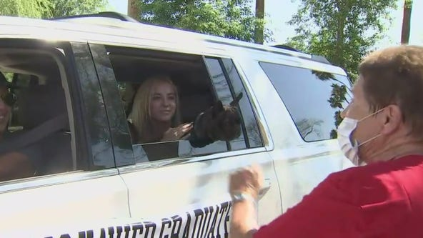 Xavier College Prep celebrates Class of 2020 with senior car crawl