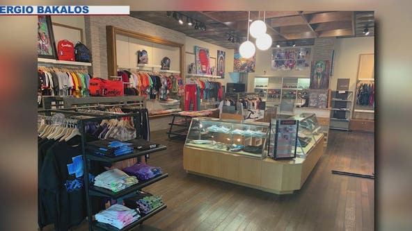 Business owner recalls saving his Scottsdale storefront from looters