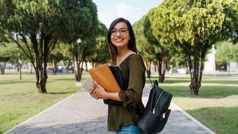 Credible-transfer-college-loans-iStock-1161222772.jpg