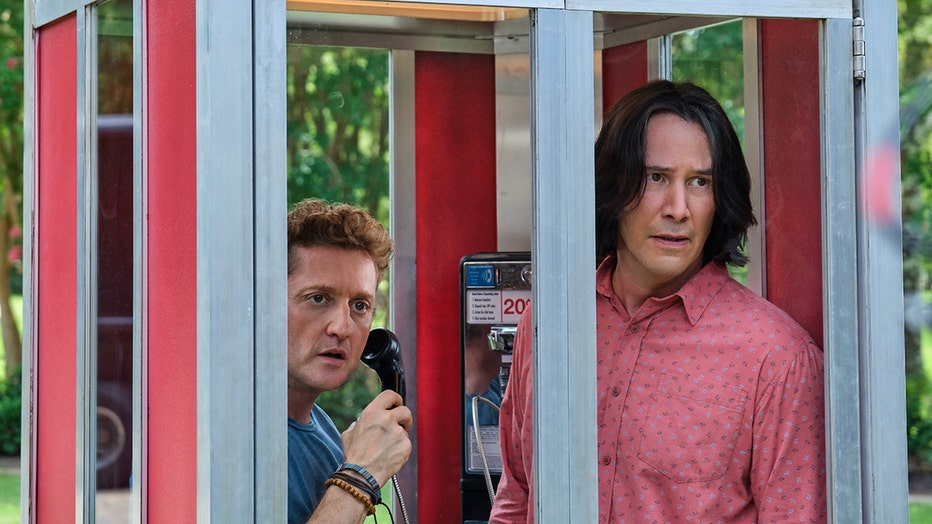 bill-ted-face-the-music-Alex Winter and Keanu Reeves star in BILL_TED FACE THE MUSIC_rgb