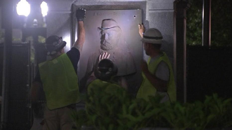jacksonville-confederate-statue-removal-1.jpg
