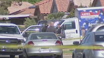 Police: 2 injured in domestic violence incident in Peoria