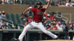 Dbacks' Bumgarner back on mound, tries to stay healthy in camp