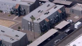 FBI: 2 agents shot while executing search warrant in Mesa, suspect in bank robberies found dead
