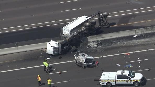 Rollover crash blocks traffic on Interstate 10 in Tempe