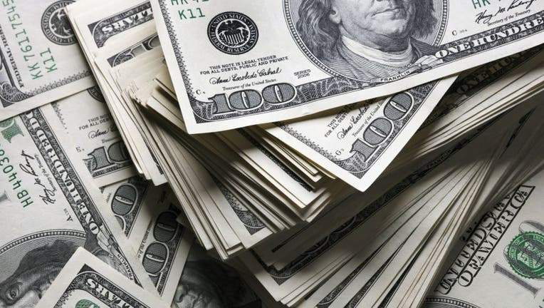Credible-100k-student-loan-iStock-1008861200.jpg