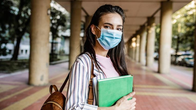 Credible-student-loan-coronavirus-appeal-iStock-1252483445.jpg
