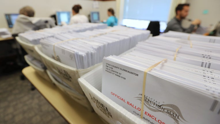 be111f88-Voters Across The Country Head To The Polls For The Midterm Elections