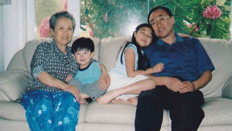 Hannah Kim family