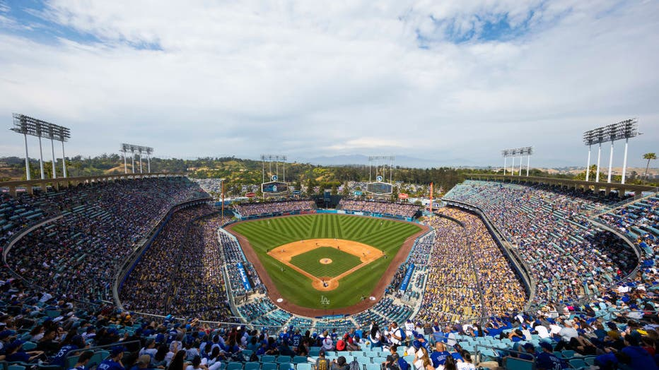 MLB: APR 28 Pirates at Dodgers