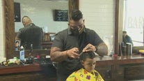 Phoenix barbershop gives back amid pandemic