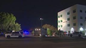 Phoenix Police: Man dead following shooting in North Phoenix neighborhood