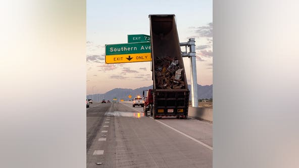DPS: Dump truck crash causes significant damage to sign along Loop 202
