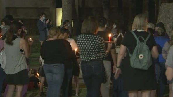 Downtown Phoenix vigil held for late Justice Ruth Bader Ginsburg