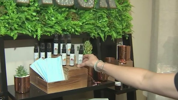 Making masks more pleasant: Phoenix candle company makes mask sprays
