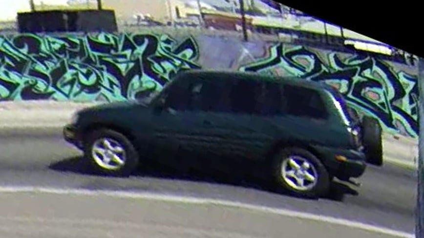 Phoenix police: Man in rollover crash had been shot