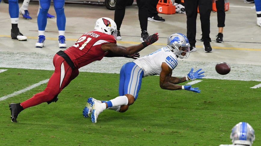 Lions snap 11-game losing streak, beat Cardinals 26-23