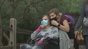 Students help woman's last wish of visiting the Phoenix Zoo come true