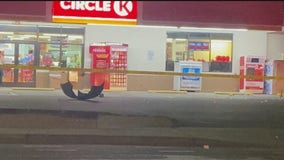 Phoenix PD: Dozens involved in shootout at Circle K store's parking lot