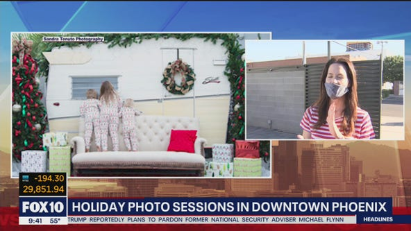 Holiday photo sessions in downtown Phoenix