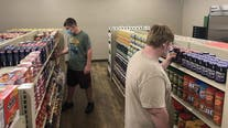 Texas grocery store run by high school students gives free food to families in need