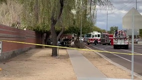 Police: 2 dead following crash in North Phoenix