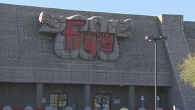 Fry's Electronics closes, shutting down two Arizona locations
