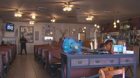 5th Avenue Cafe reopens in Phoenix with help from the community