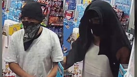 PD: Robbery suspects seen stealing cash, lottery tickets from west Phoenix store