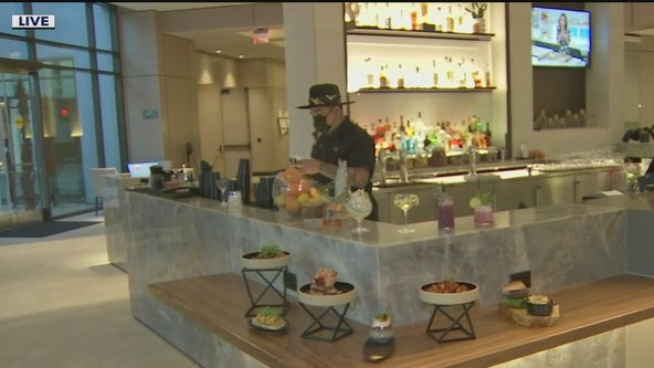 New hotel opens in downtown Phoenix