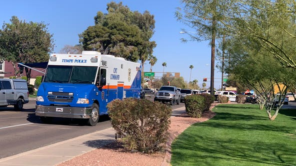 Man in custody, family is safe in Tempe barricade situation, police say