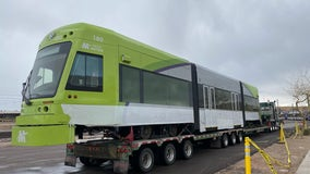 First Tempe streetcar arrives in Arizona from Pennsylvania