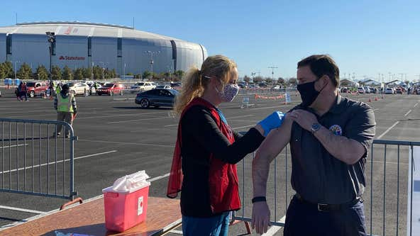 Governor Ducey gets vaccine as Arizona coronavirus death toll tops 16,000