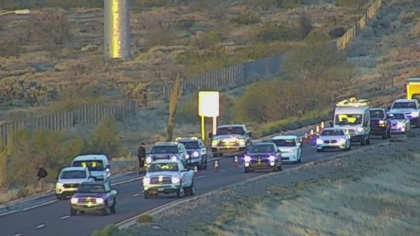 DPS: At least 1 dead in crash on Loop 303 near I-17