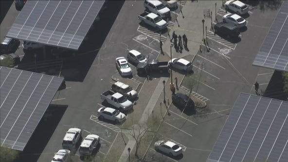 2 children critically injured in parking lot crash at Glendale Walmart