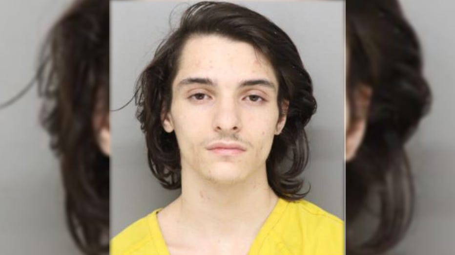 Jaret Wright, 20, of Barberton, Ohio, is pictured in a booking photo dated March 13, 2021. (Photo: Hamilton County Sheriff's Office)