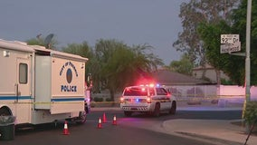 Multiple people injured, 1 dead after overnight shooting in Phoenix