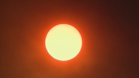 NWS: Phoenix hits 115°F, ties high temperature record set in 1974