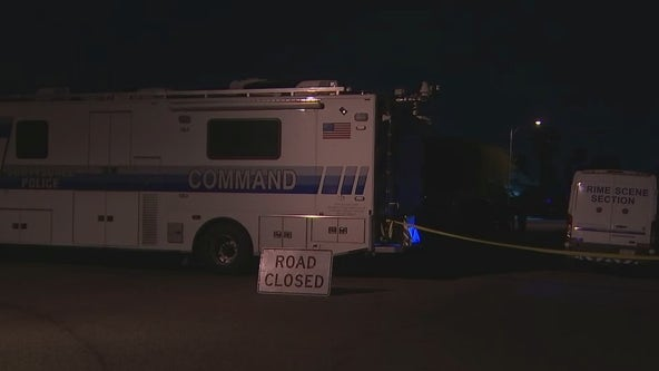 Scottsdale Police investigating a shooting, barricade situation