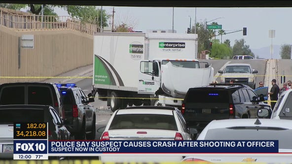 Suspect opens fire at officer, crashes on I-17 in Phoenix