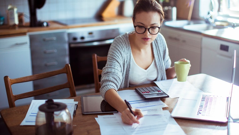 Credible-private-student-loans-iStock-1126824182.jpg