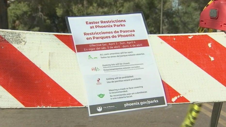 roadrunner park barricade sign