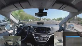 Driverless Waymo taxi gets stuck in Chandler traffic, runs from support crew