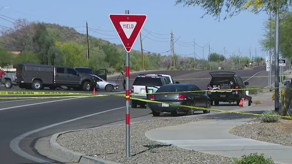 PD: Armed robbery suspect in critical condition in north Phoenix police shooting