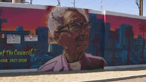 Downtown Phoenix bicycle mural tour
