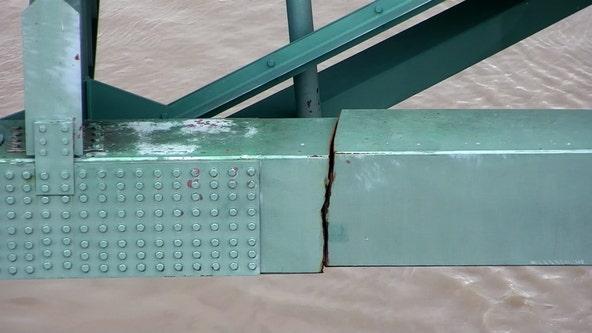 Memphis bridge crack: Interstate still closed but barge traffic resumes under damaged structure
