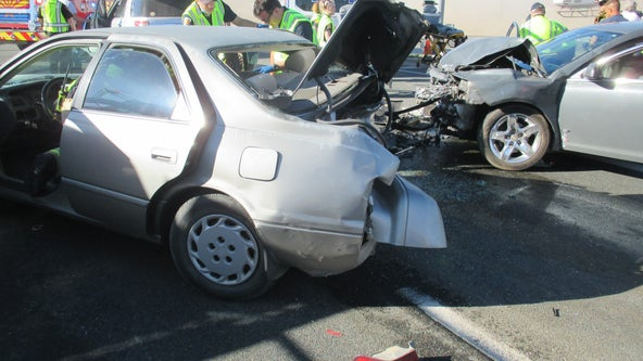 Prescott Valley PD investigates 4-car collision at Highway 69/169