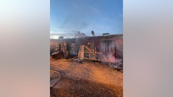 Phoenix firefighter injured, multiple apartments burned in fire
