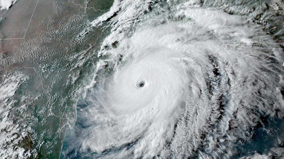 PHOTO-GOES-East-satellite- image-Hurricane-Laura-082620-approaching-Gulf-Coast