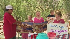 Residents showing thanks to firefighters battling the Telegraph Fire
